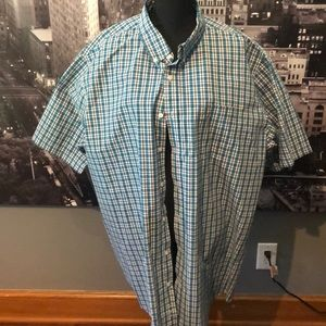 Short sleeve dress button up shirt